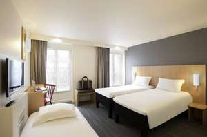 Picture of Standard Room with 1 double bed and 1 single bed