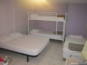 Picture of Quintuple Room with Shared Bathroom